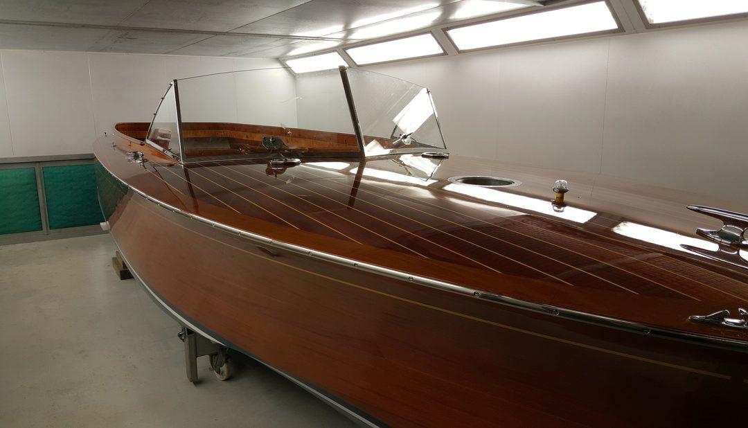 Varnishing a Superyacht Tender